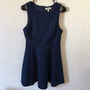 Monteau blue textured sleeveless dress size Large